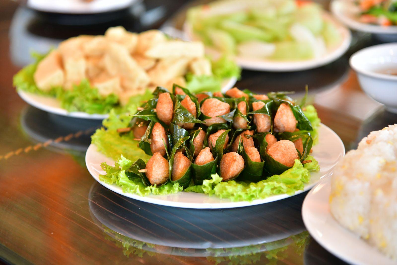 Dịch vụ ăn uống tại công viên Thiên Đức - 2