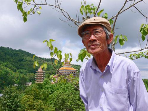 Điêu khắc gia Thụy Lam